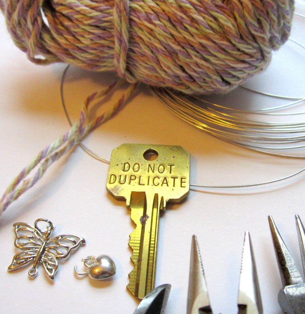 Materials for Wire Wrapped Brooch with Fiber