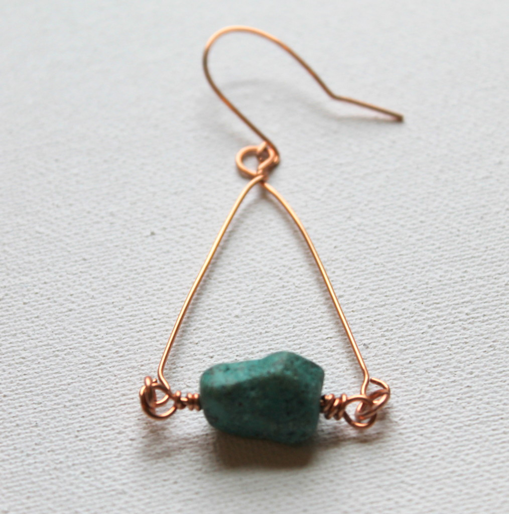 How to Make Wire Wrapped Triangle Earrings