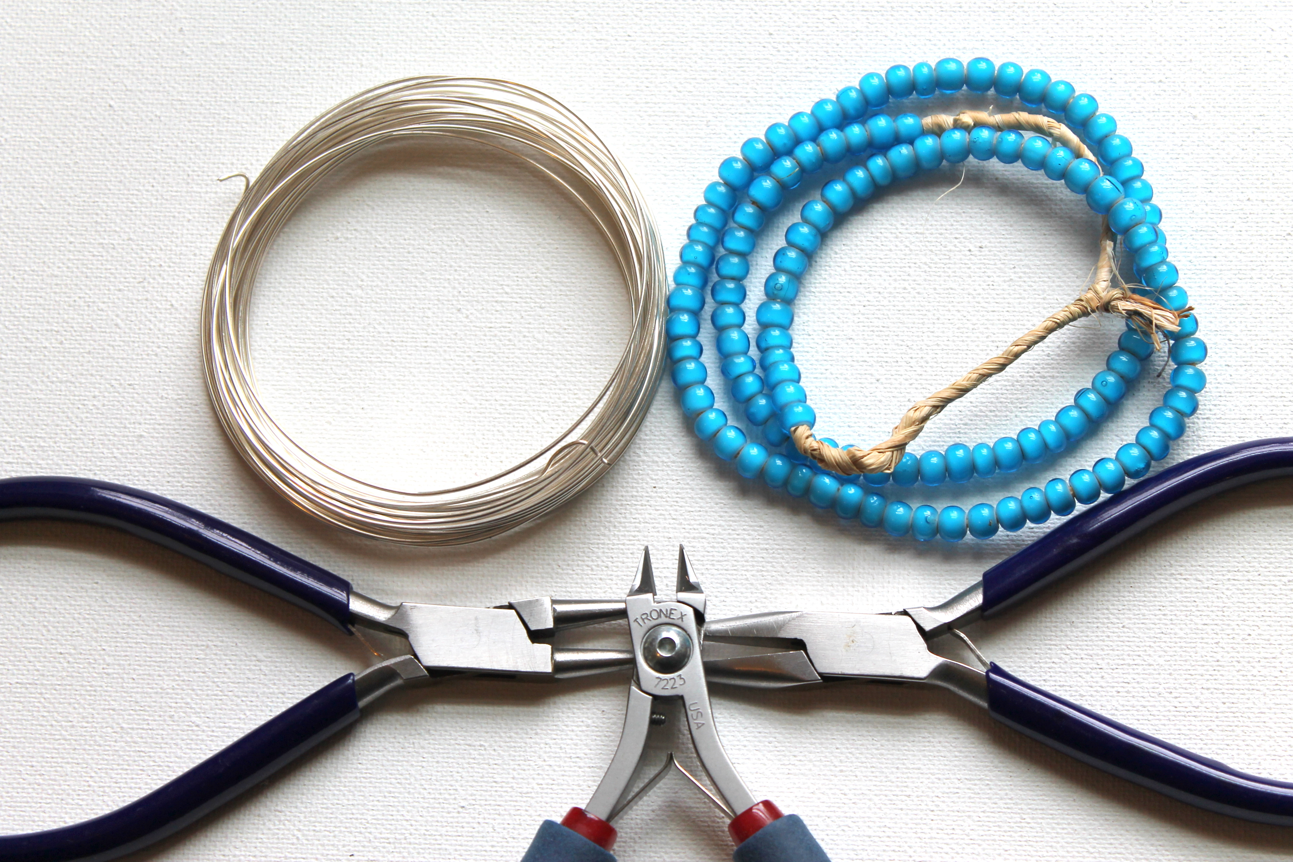 How to Make A Beaded Pendant with Bead Dangles | Emerging Creatively ...