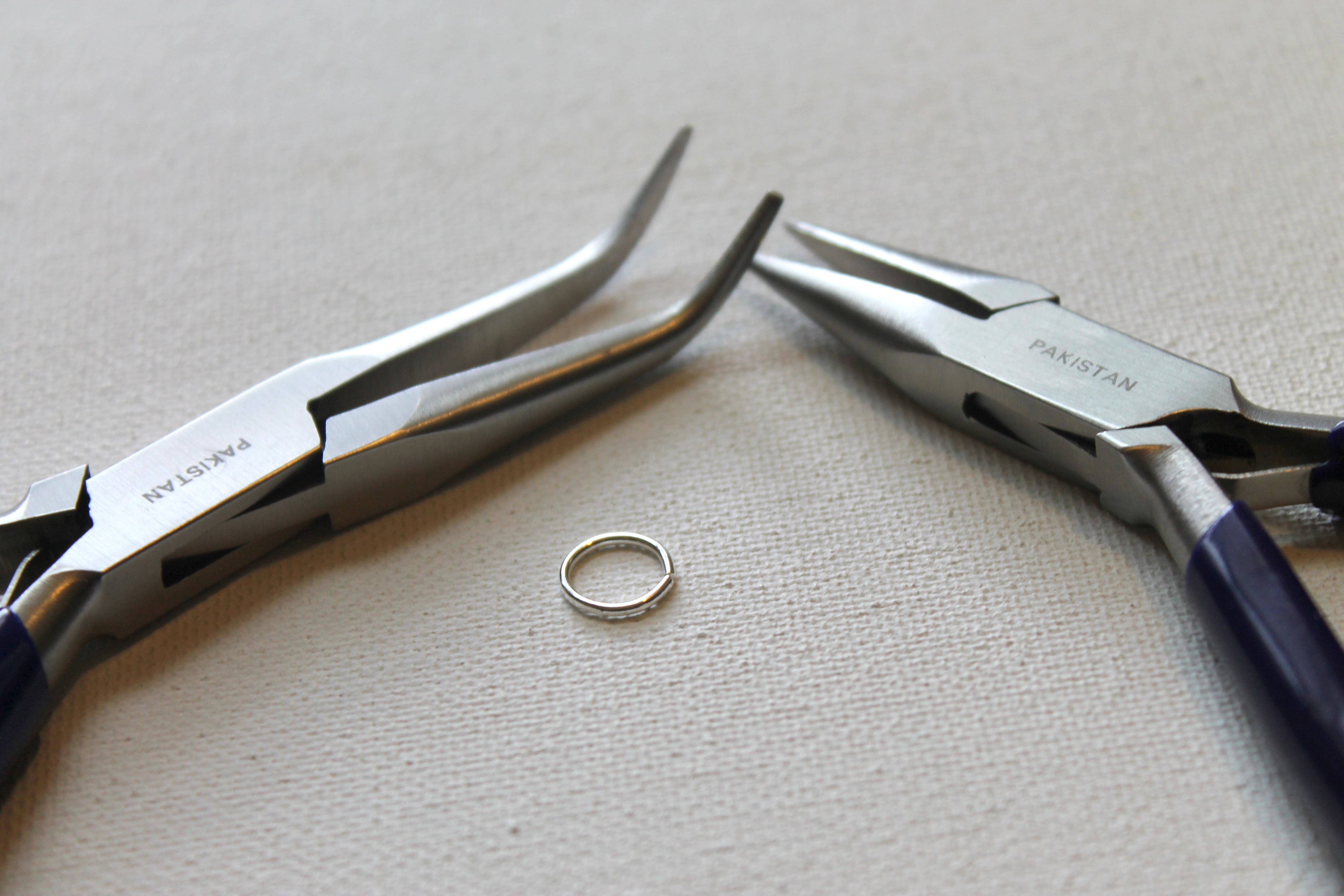 how to use round nose pliers   Emerging Creatively Jewelry Tutorials