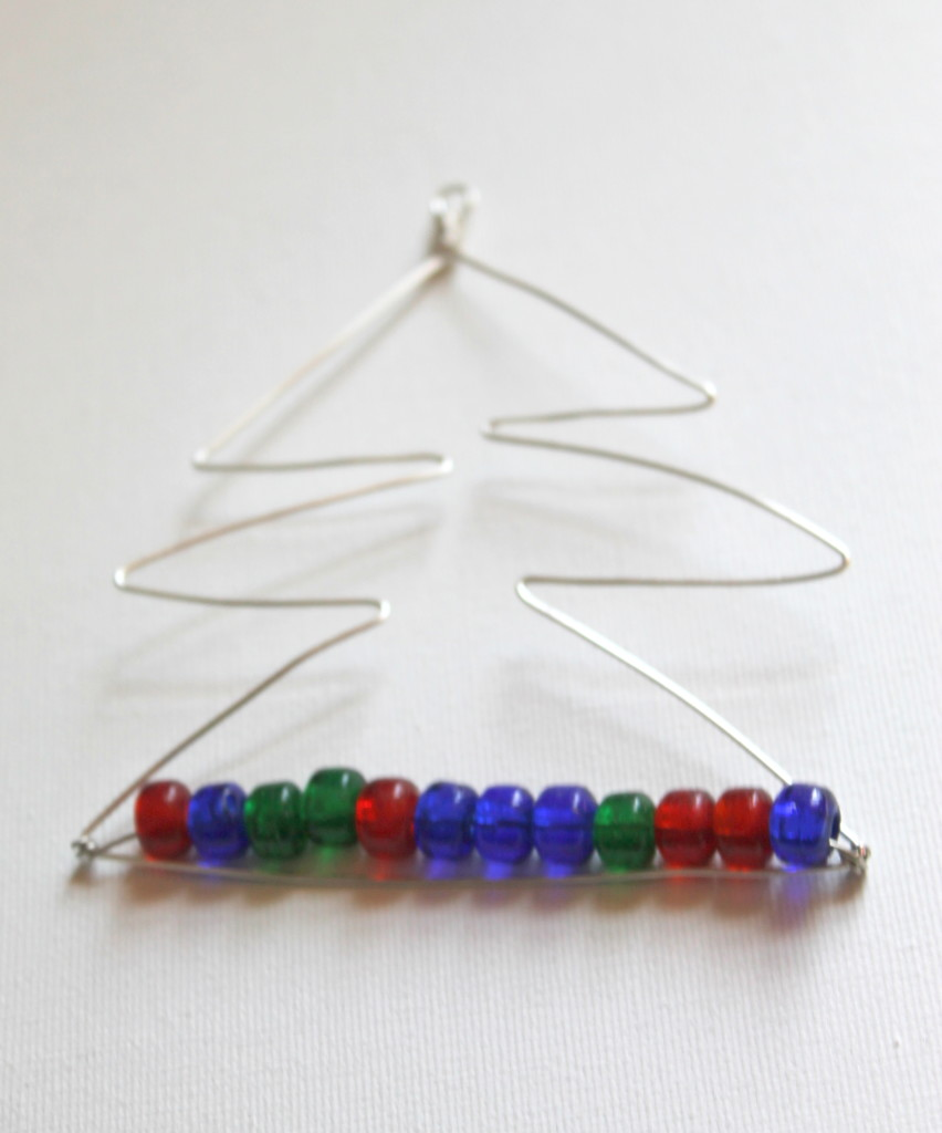 Wire Wrapped Christmas Tree Ornament Tutorial