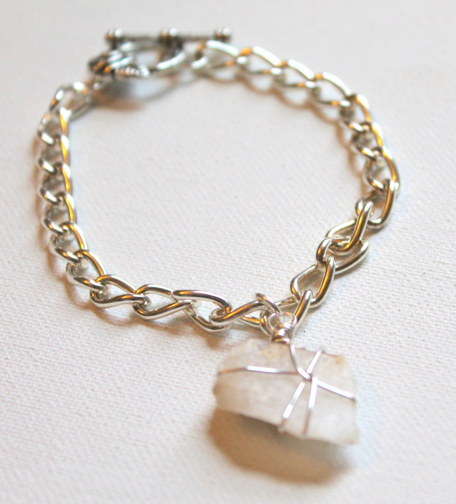 How to make a wire wrapped rock bracelet