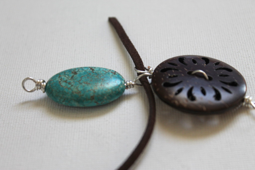 Earthy Wood and Turquoise Necklace Tutorial