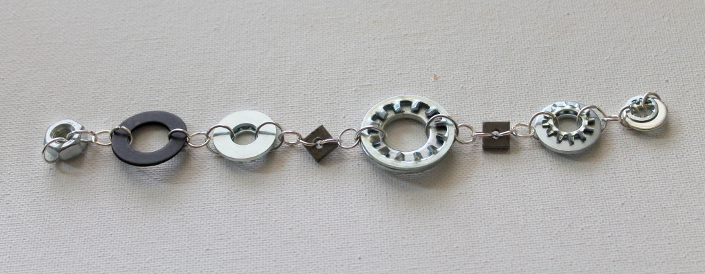 Hardware Bracelet tutorial