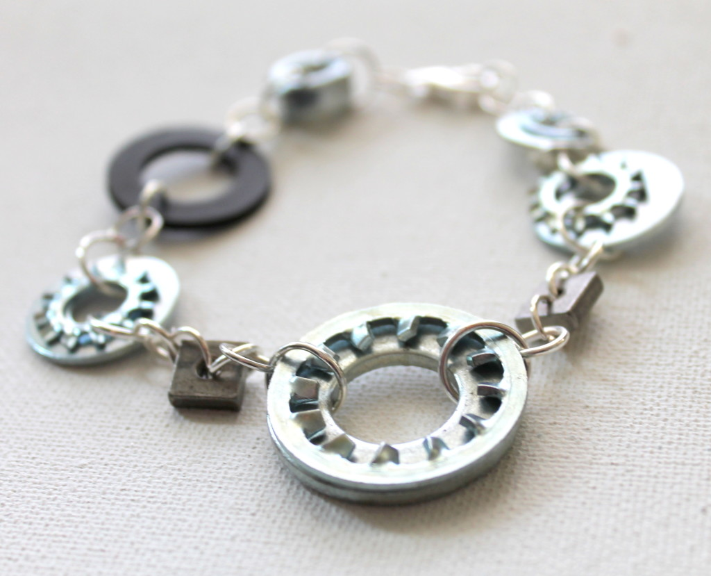 How to make a hardware bracelet